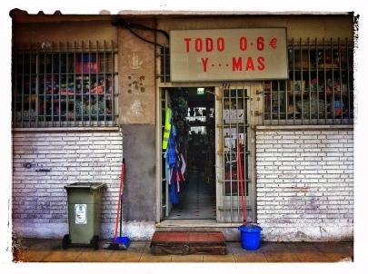 #crisis #rebajas #rescueme #rescate #bailout #liquidación #cierre #spain #madrid #urbe #city #sálvesequienpueda