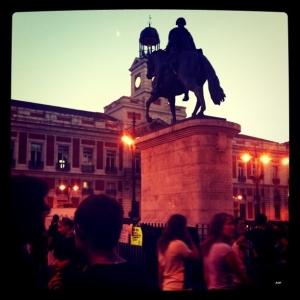 Revolution Evolution _ #crisis #españa